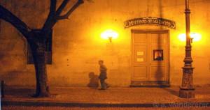 Mercado de las Luces at night